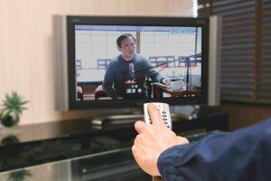 今治ケーブルテレビで放映された番組「村上水軍でまちおこし」での講演風景